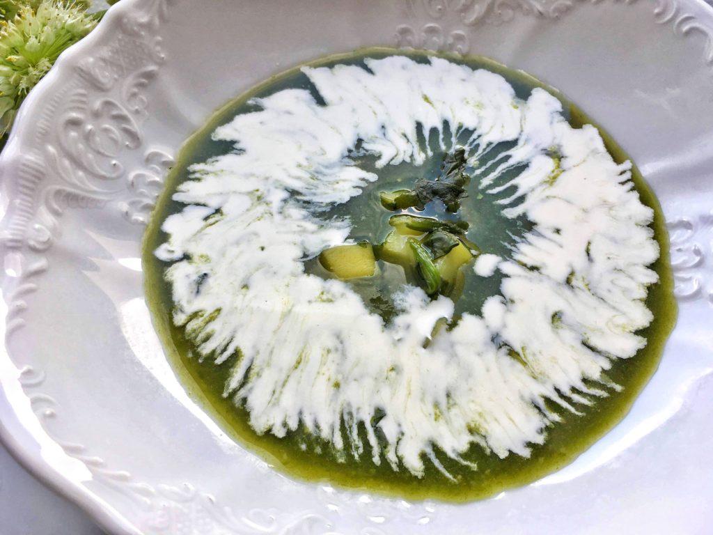 Špenátová polévka se smetanou